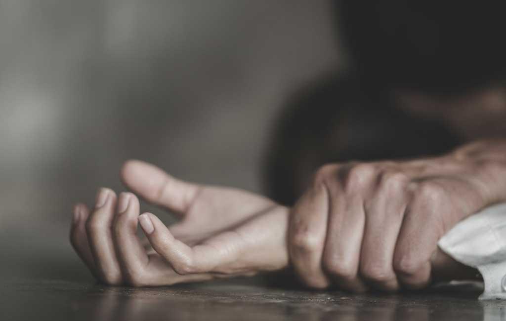 ऑक्सीजन लगी थी, हाथ बंधे थे… आईसीयू में भर्ती महिला से नर्सिंगकर्मी ने किया रेप समस्तीपुर Town