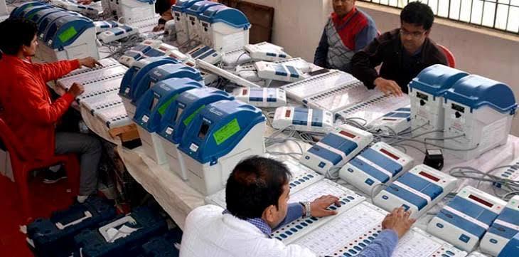 दो चरण के पंचायत चुनाव के लिए जिलों में पहुंच गई इवीएम, 20 अगस्त से फर्स्ट लेवल का चेकिंग होगा पूरा समस्तीपुर Town