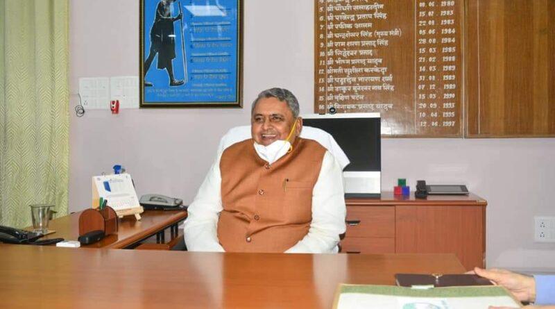 बिहार: शिक्षकों की नियुक्ति के दौरान 8000 पद खाली, मंत्री विजय चौधरी ने बताई वजह समस्तीपुर Town
