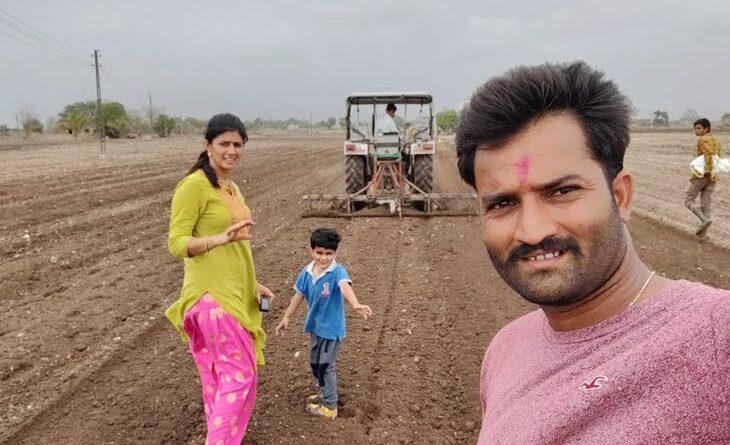 4 साल पहले UK से गांव लौटा कपल, अब यूट्यूब पर गाय-भैंस का वीडियो अपलोड कर कमा रहे 5 लाख रु. महीना समस्तीपुर Town