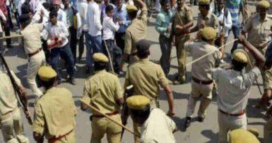 पटना में शिक्षक अभ्यर्थियों पर पुलिस ने दौड़ा-दौड़ाकर पीटा, कई महिला-पुरूष अभ्यर्थी घायल, अस्पताल में भर्ती समस्तीपुर Town