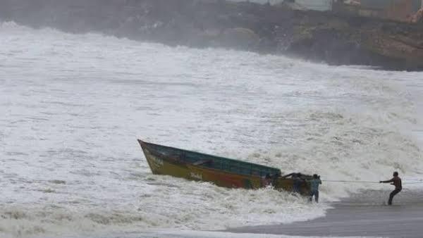 समुद्र में भटककर पाकिस्तान पहुंचा बिहार के गायघाट का दिनेश, पिता ने लगाई गुहार समस्तीपुर Town