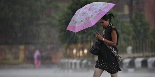 48 घंटे तक उत्तर बिहार के तराई क्षेत्रों में भारी व समतल स्थल पर मध्यम बारिश की संभावना समस्तीपुर Town