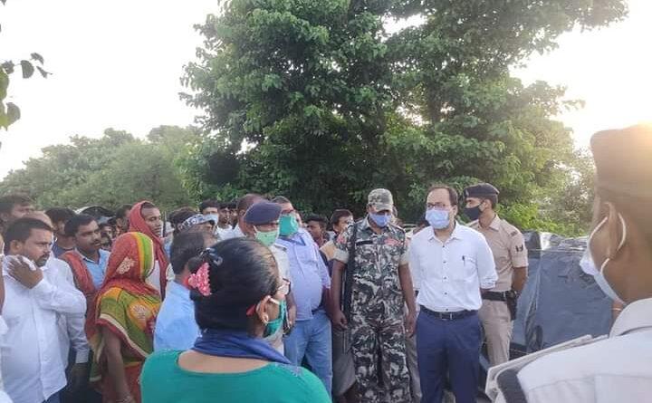डीएम ने बाढ़ पीड़ितों का लिया जायजा, बीडीओ व सीओ को नाव-भोजन-शौचालय समेत अन्य आवश्यक चीजों की जल्द व्यवस्था करने का निर्देश दिया समस्तीपुर Town