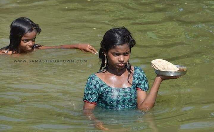समस्तीपुर में खतरे के निशान से 2.46 मीटर ऊपर बह रही है गंगा, कई नए इलाकों में घुसा पानी समस्तीपुर Town
