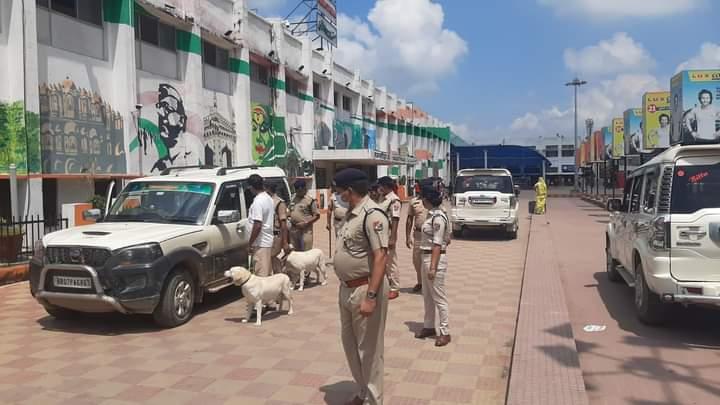 दरभंगा ब्लास्ट काे लेकर रेल मंडल में हाईअलर्ट, समस्तीपुर स्टेशन पर RPF ने चलाया सघन जांच अभियान समस्तीपुर Town