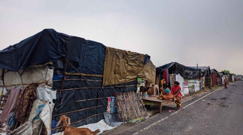 धरमपुर से जितवारपुर तक 213 लोगों ने बनाया आसरा, खतरे के निशान से ढाई मीटर ऊपर बह रही बूढ़ी गंडक, तटबंध पर भारी दबाव समस्तीपुर Town