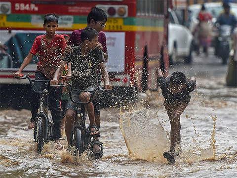 बिहार में बदलने लगा मौसम का मिजाज, एक महीने बाद कमजोर पड़ रहा मानसून समस्तीपुर Town