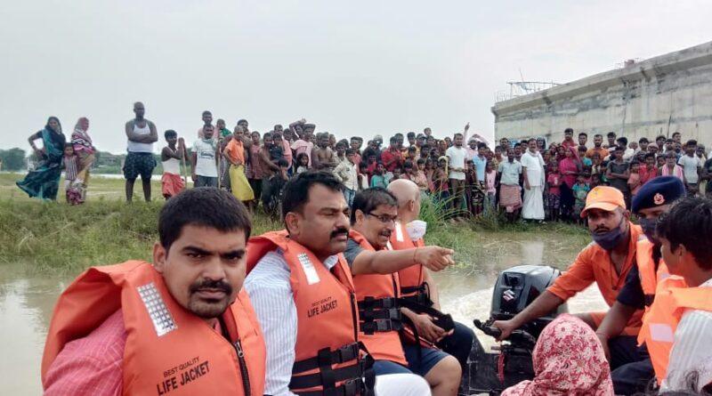 बाढ़ के बिगड़ते हालात को देखते हुए मोहिउद्दीननगर में तैनात किया गया 35 सदसीय NDRF की टीम समस्तीपुर Town