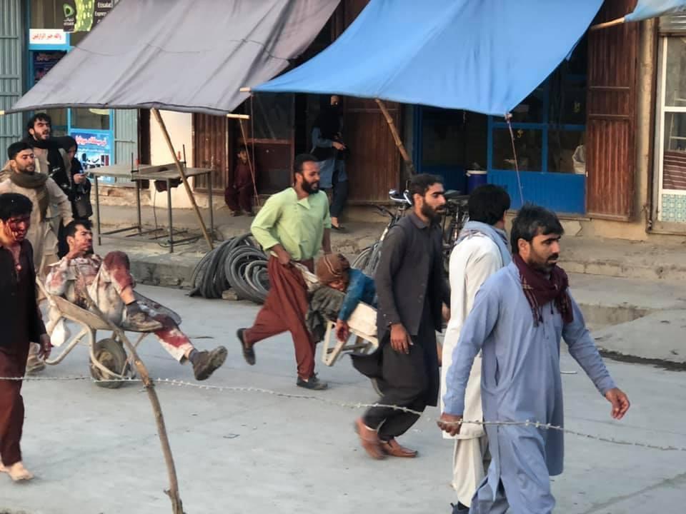 काबुल एयरपोर्ट के बाहर लगातार 2 धमाके, 13 से ज्यादा लोगों की मौत, 3 अमेरिकी सैनिकों समेत कई घायल; सभी उड़ानें रद्द समस्तीपुर Town
