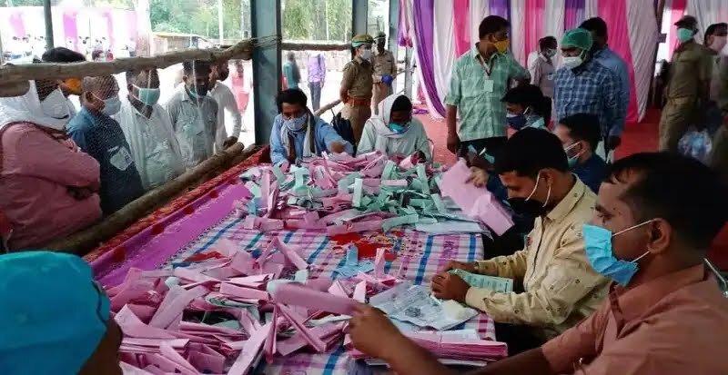 समस्तीपुर के तीन प्रखंडों की मतगणना को लेकर तैयारी पूरी, आज खुलेगा 3889 प्रत्याशियों के किस्मत का ताला समस्तीपुर Town