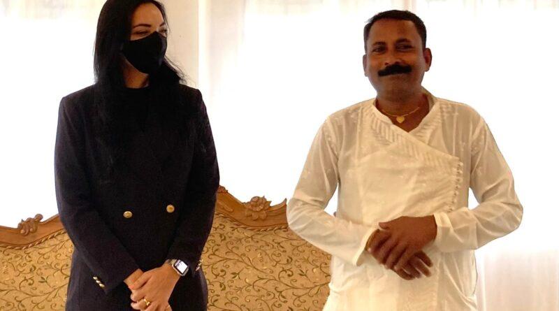 'द प्लुरल्स पार्टी' ने कुशेश्वरस्थान में उतारा प्रत्याशी, लोक कलाकार सियाराम राम होंगे उम्मीदवार समस्तीपुर Town