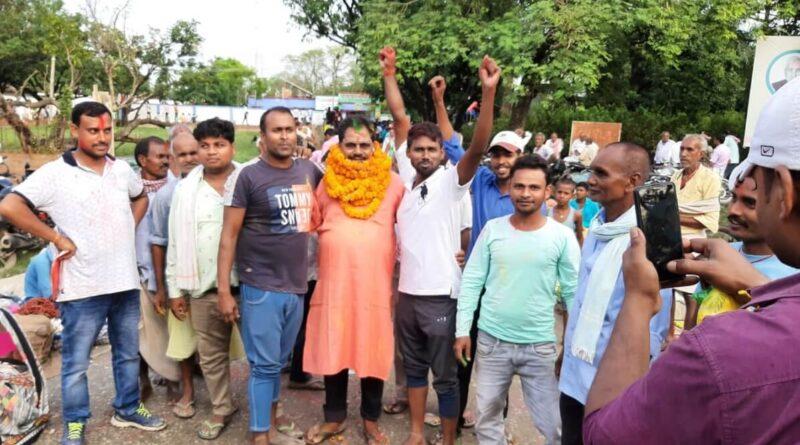 सरायरंजन प्रखंड मुख्यालय में शुक्रवार को 519 लोगों ने किया नामांकन, चुनावी सरगर्मी तेज समस्तीपुर Town