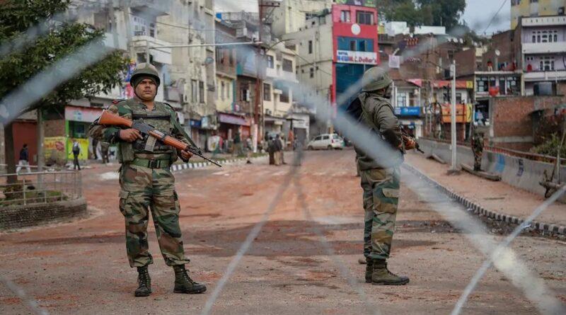 कश्मीर में आतंक पर इस बार होगा करारा वार, हर तरफ बने चेक पोस्ट; चौबीसों घंटे अलर्ट पर CRPF समस्तीपुर Town