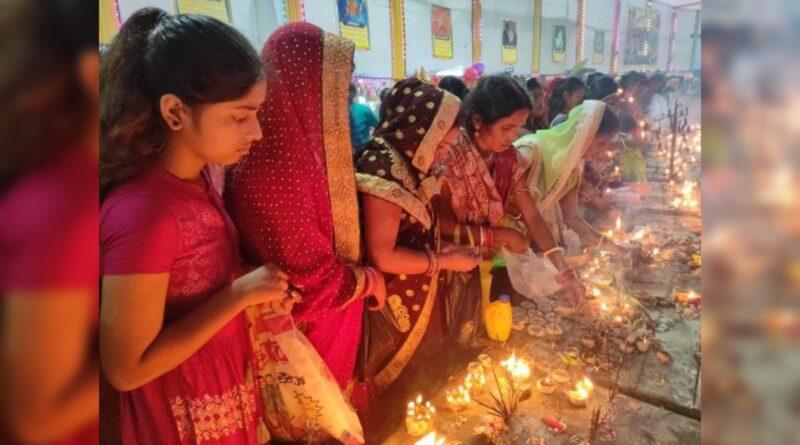 समस्तीपुर में माता का पट खुलते ही पूजा पंडालों में दर्शन को उमड़ने लगी भीड़ समस्तीपुर Town
