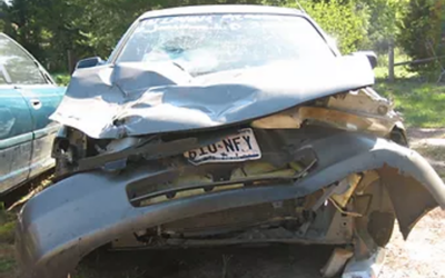 DOs and DON'Ts FOLLOWING A VEHICLE COLLISION