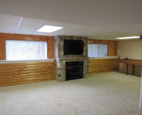 English Style Basement, Oakwood Drive Fox Lake, IL