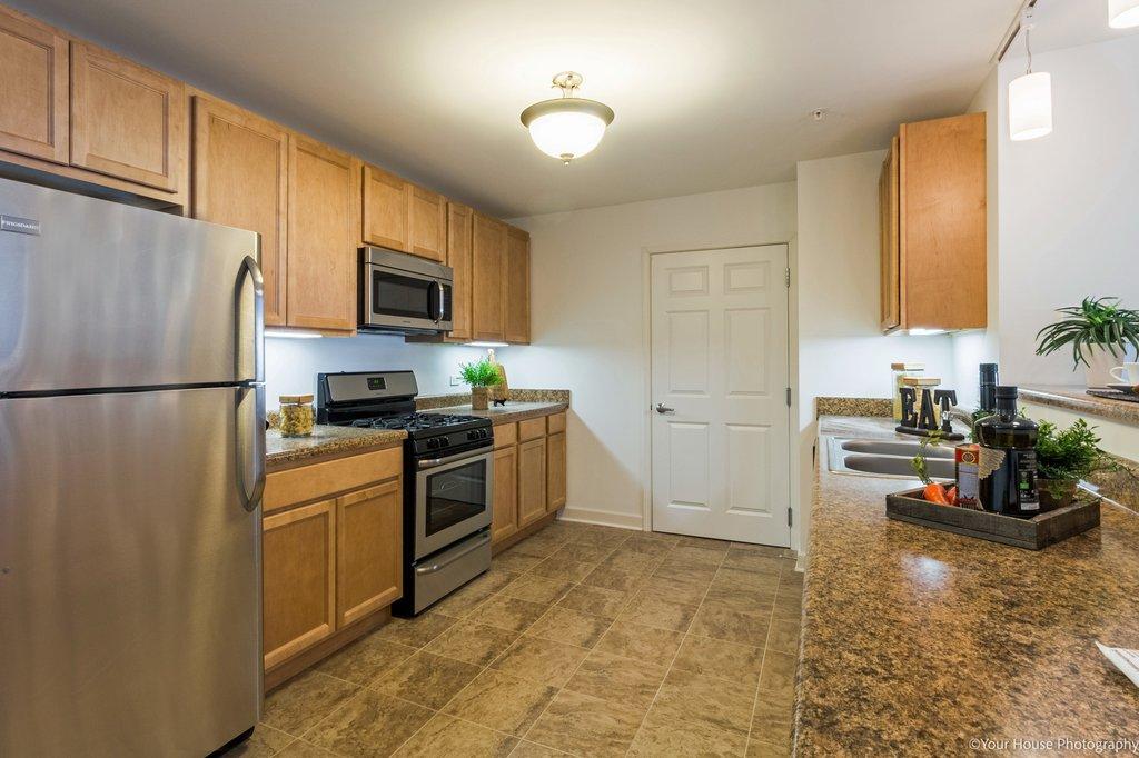 Kitchen, Reva Bay Lane, Fox Lake, IL