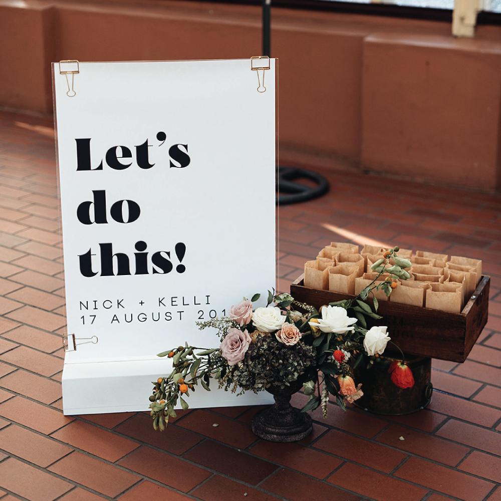 kelli-welcome-sign