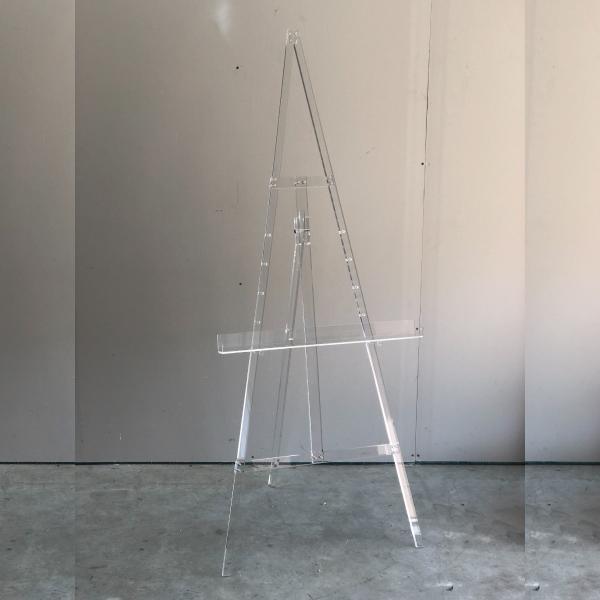 acrylic-easel
