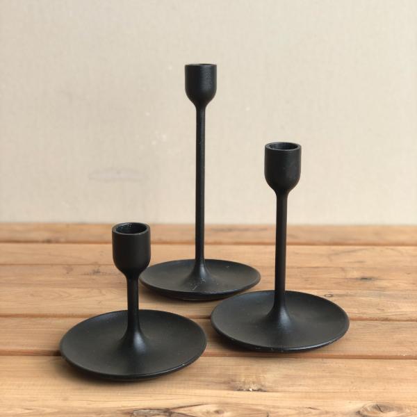 black-candlesticks