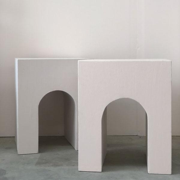arc-plinths