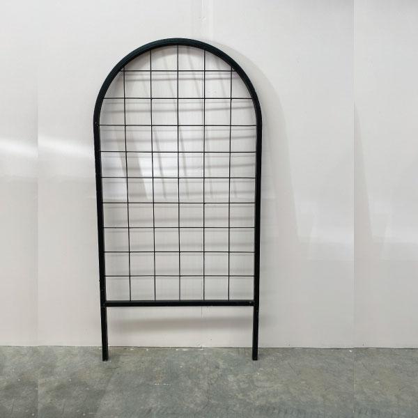black-mesh-arc