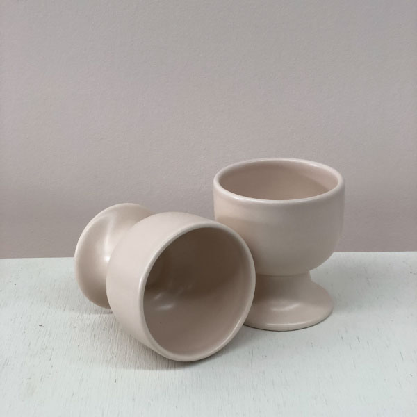 nude-candle-holders