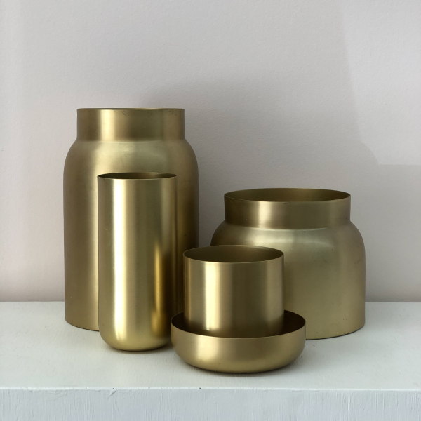 Gold-Country-Road-vases
