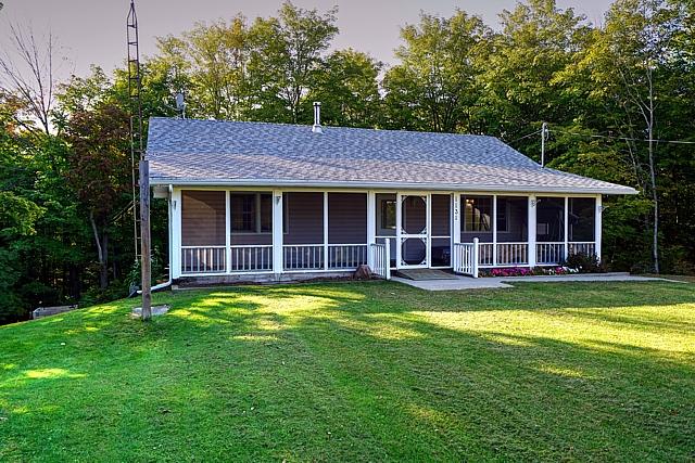 1131 Village woods Drive, Sharbot Lake, Central Frontenac, Gurreathomes