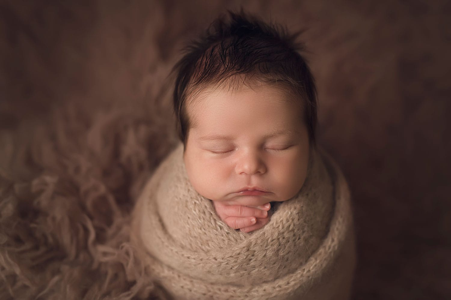 baby boy in potato sac pose by annie Whitaker Photography