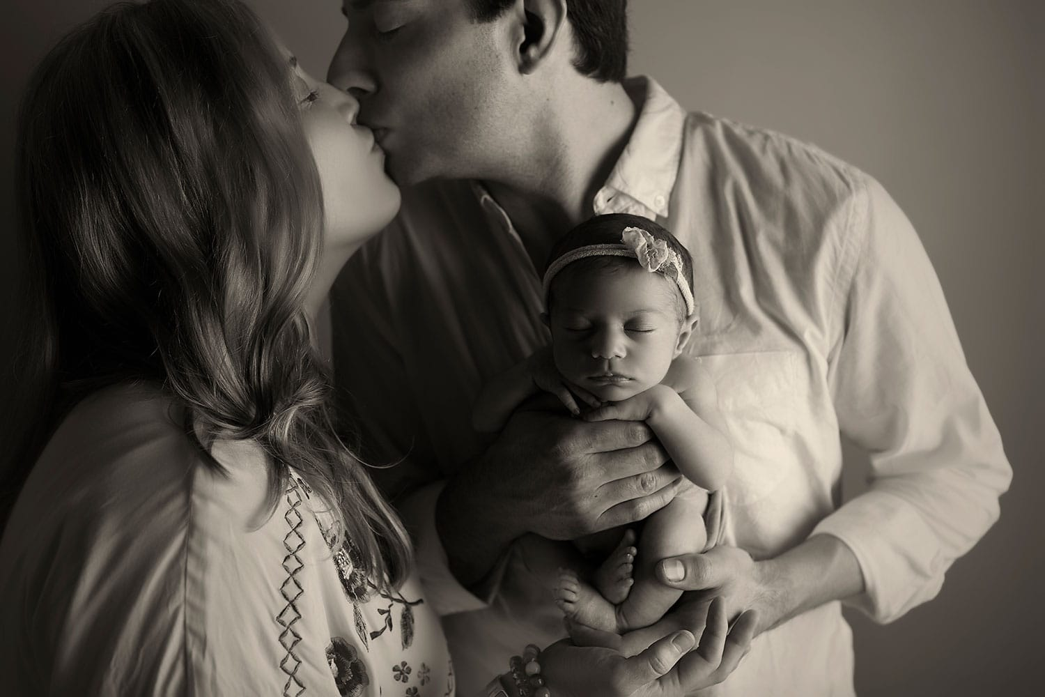 family of three by Annie Whitaker Photography