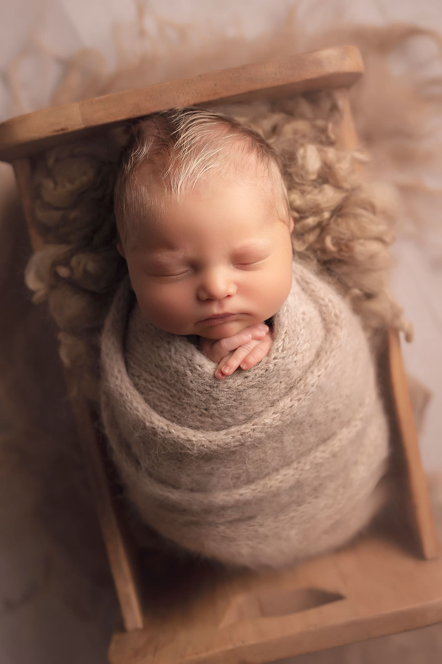 Baby boy in neutral set up by Annie Whitaker Photography