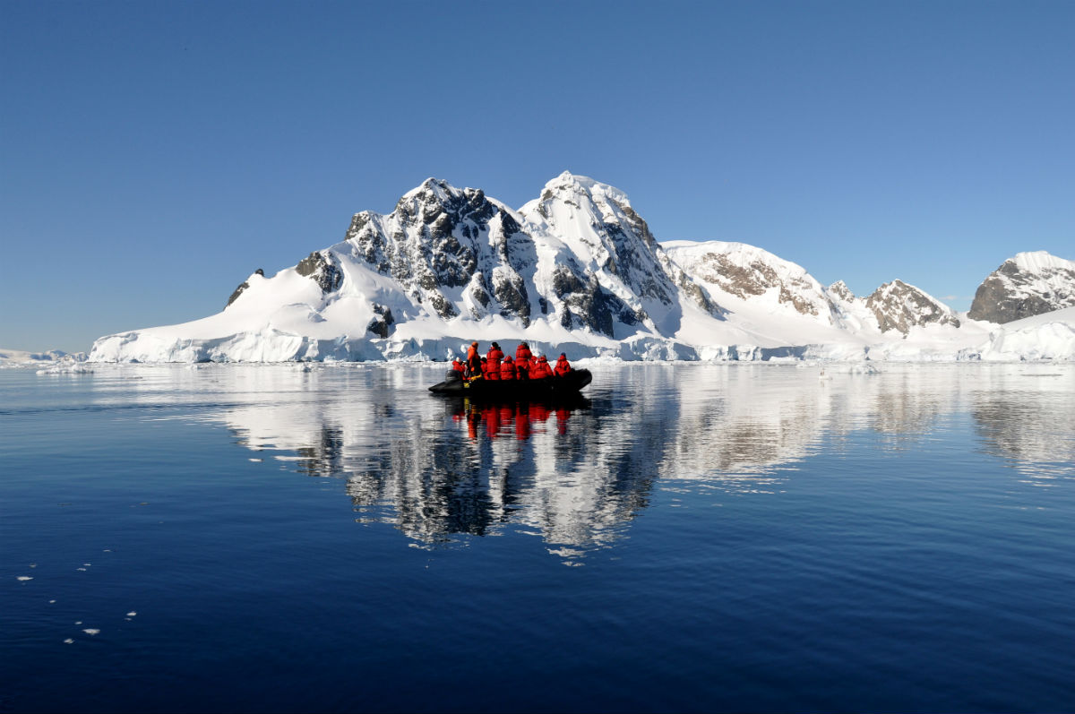 The Arctic vs. The Antarctic: Which Cruise Is For You?