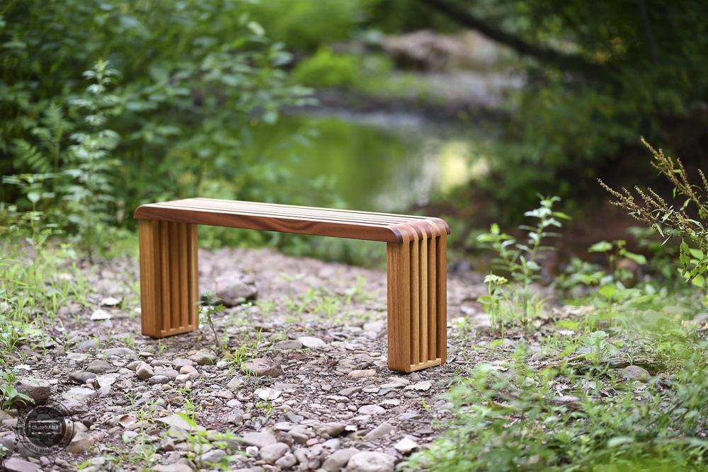 designable slat table in white oak and sapele