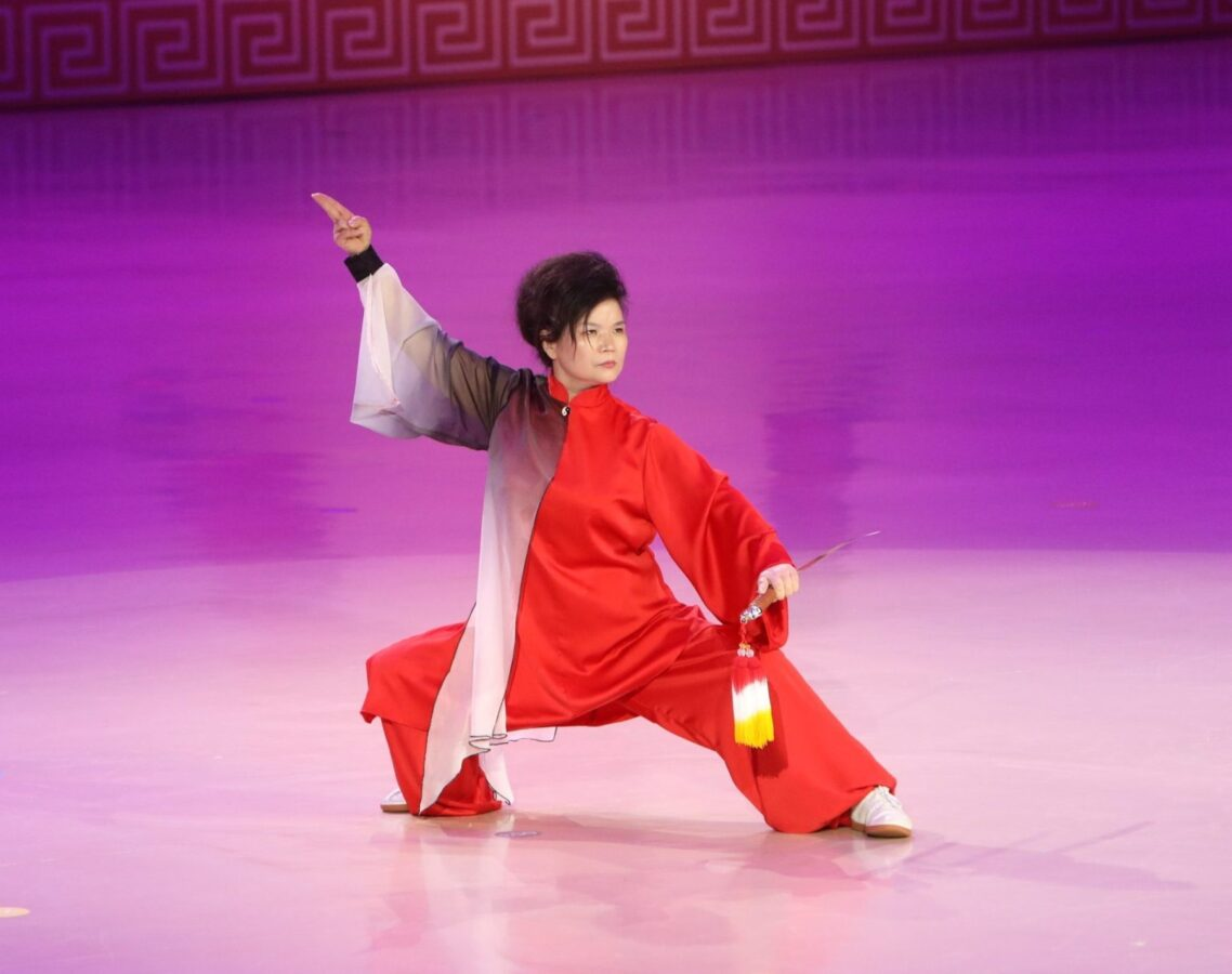 Chen-style Tai Chi sword fine-knitting routine<br>for performance competition<br>6 lessons480Mins