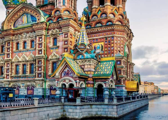 How St. Petersburg Came To Be So Gorgeous