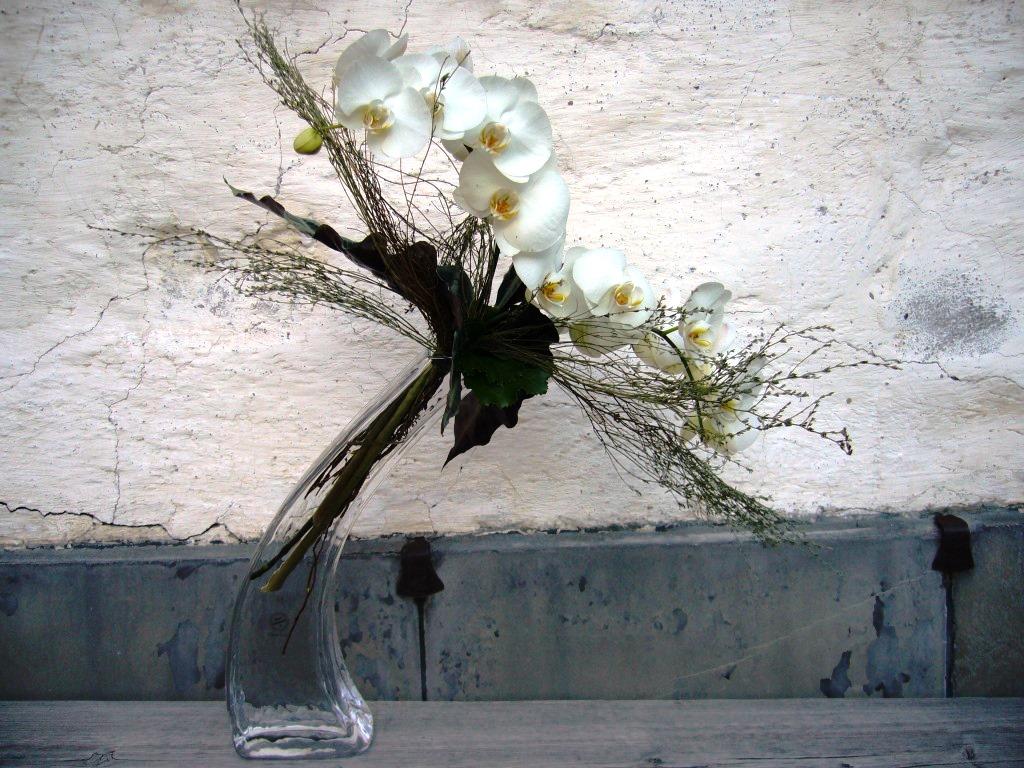 Edles Blumengesteck Orchideen
