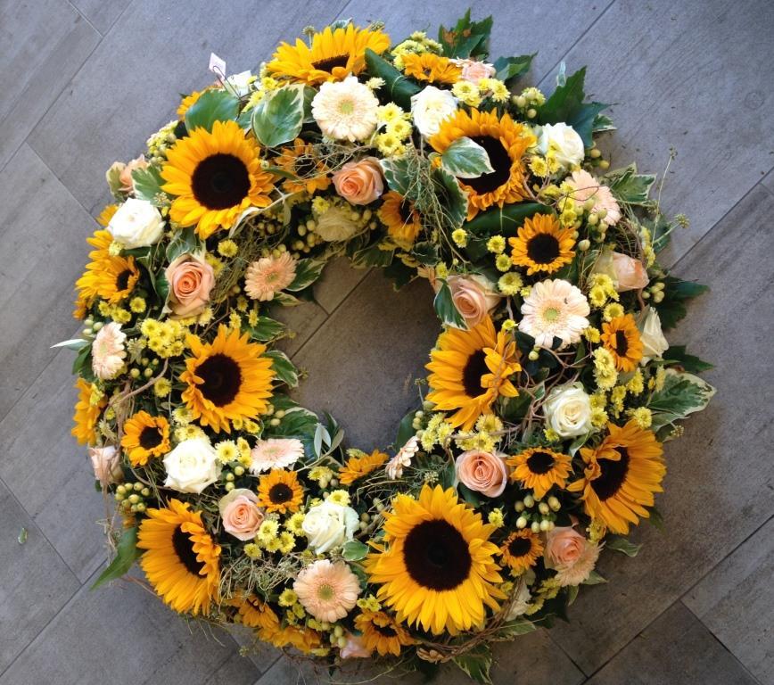 Sommerlicher Blumenkranz