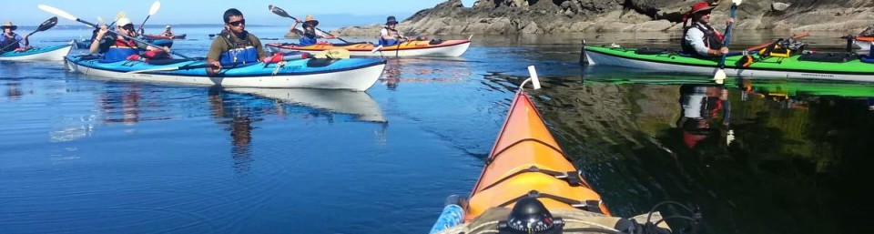 Sea kayak instruction course with outdooradventurecenter.com