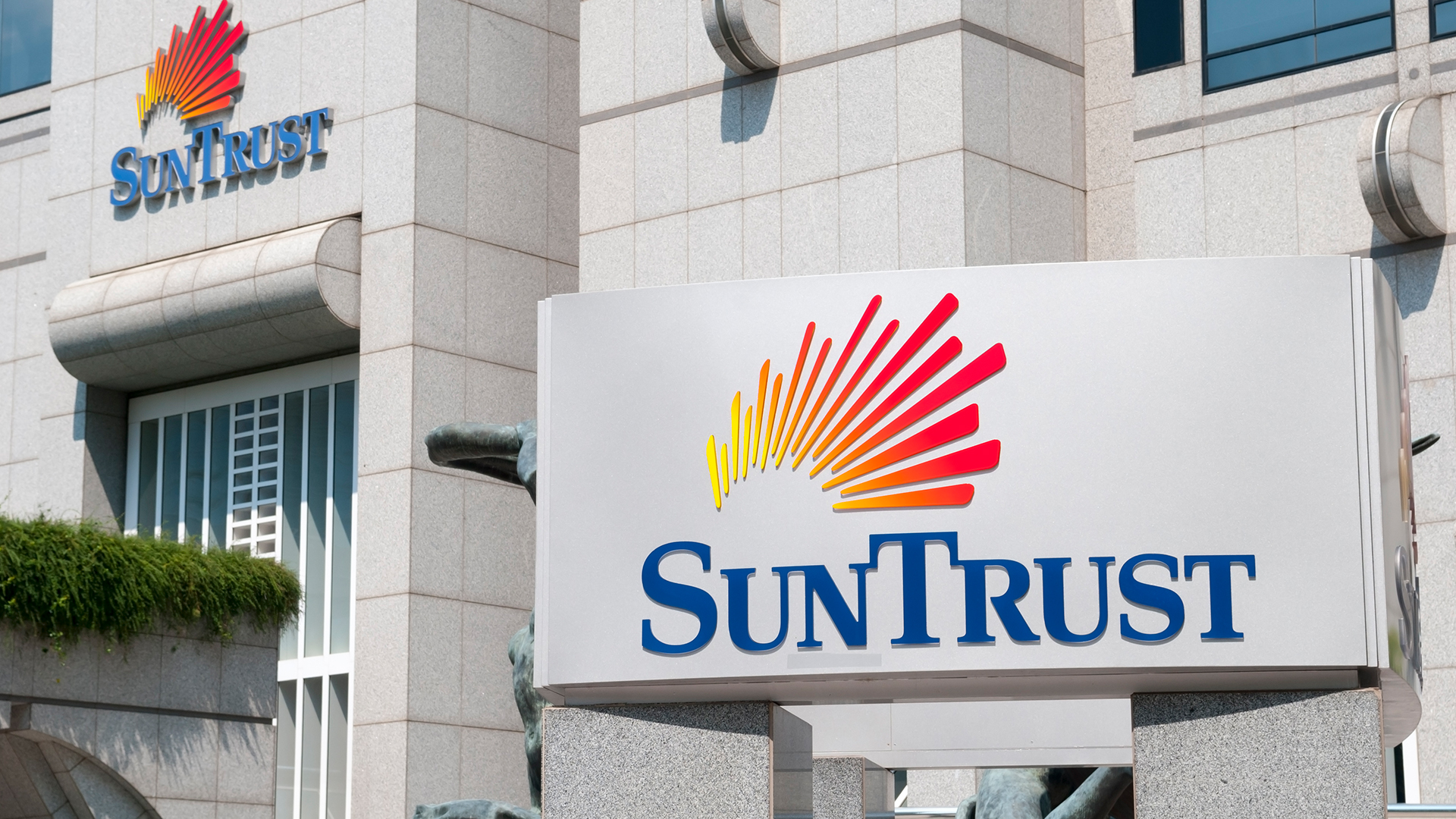 SunTrust Commits $1 Million to Support  Florida Minority-Owned Businesses