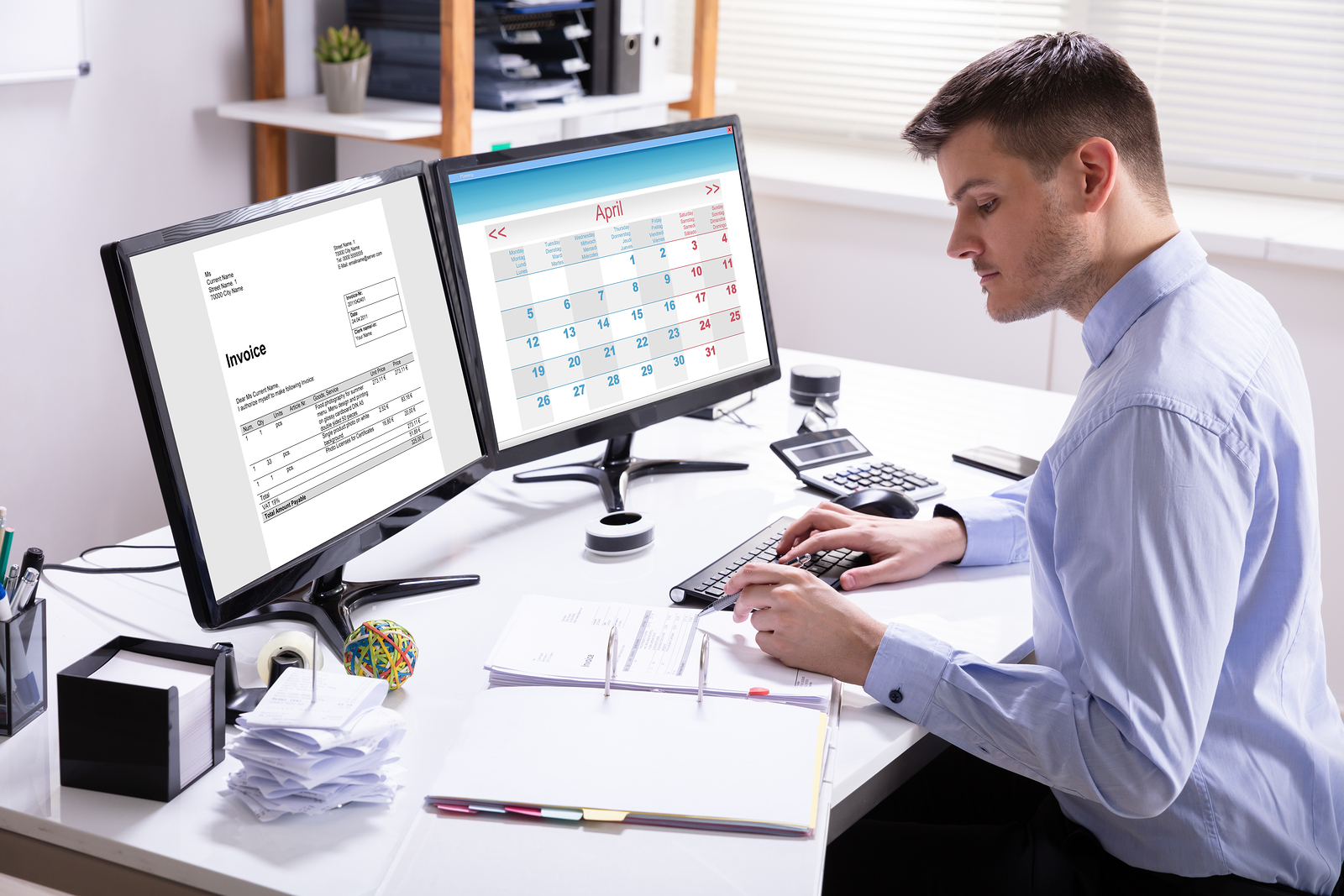 Industries that Benefit from Invoice Factoring Services