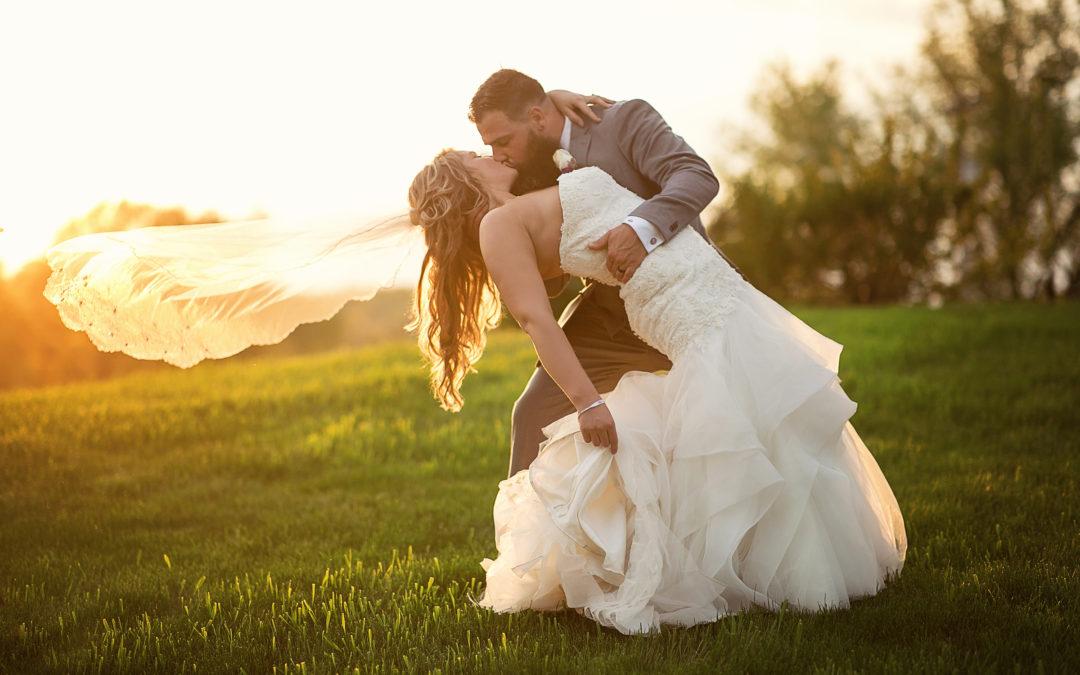 Hilltop Manor Inn wedding in Somerset, Michigan | Katie & Mark