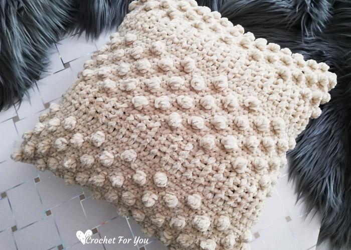 Sandy Bobble Crochet Velvet Throw Pillow Free Pattern