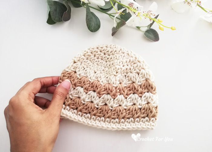 How to Crochet Cluster V Stitch Baby Hat