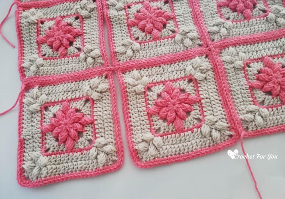 flat zipper method - crochet square joining