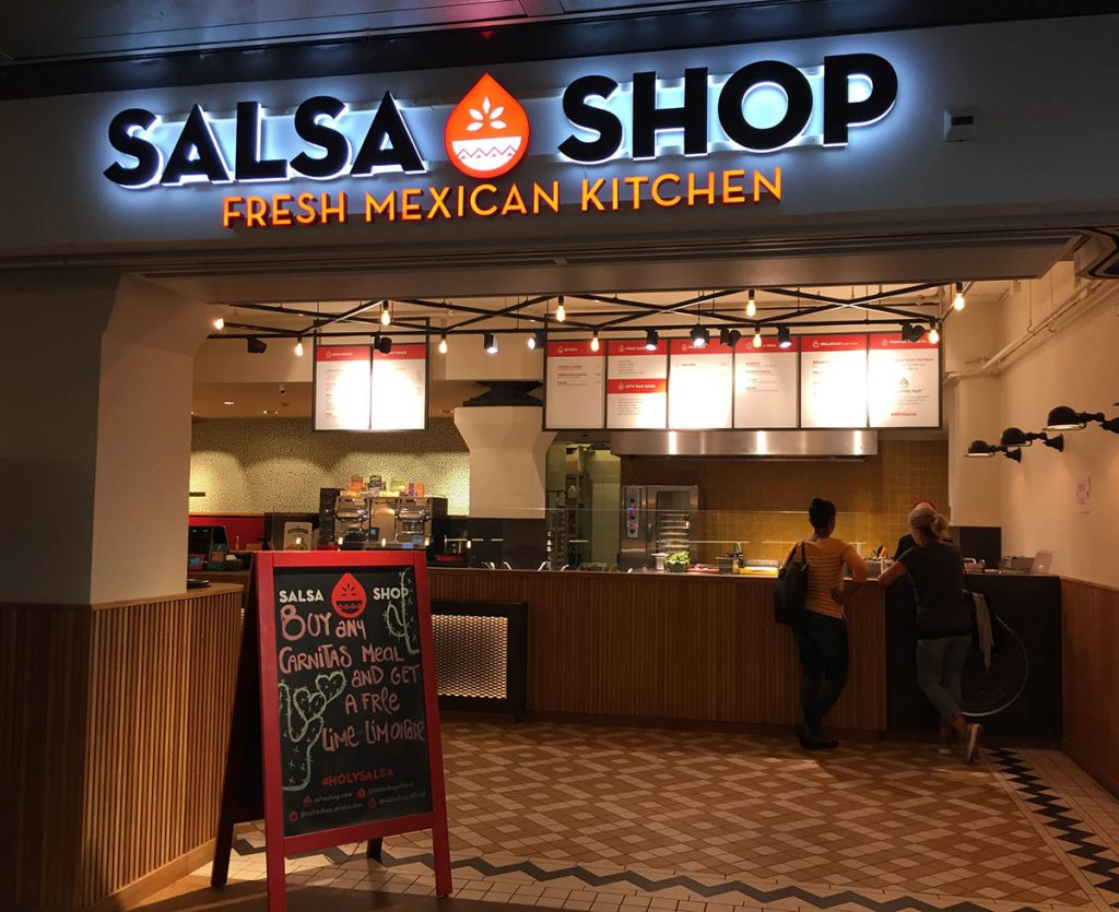 THE SALSA SHOP • BURRITOS IN AMSTERDAM - WHERE TO EAT AT AMSTERDAM CENTRAL STATION