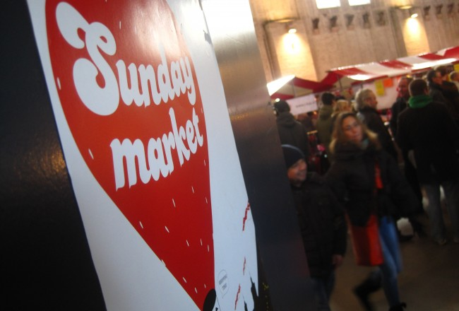 SUNDAY MARKET • SHOP, SNACK AND RELAX THIS SUNDAY