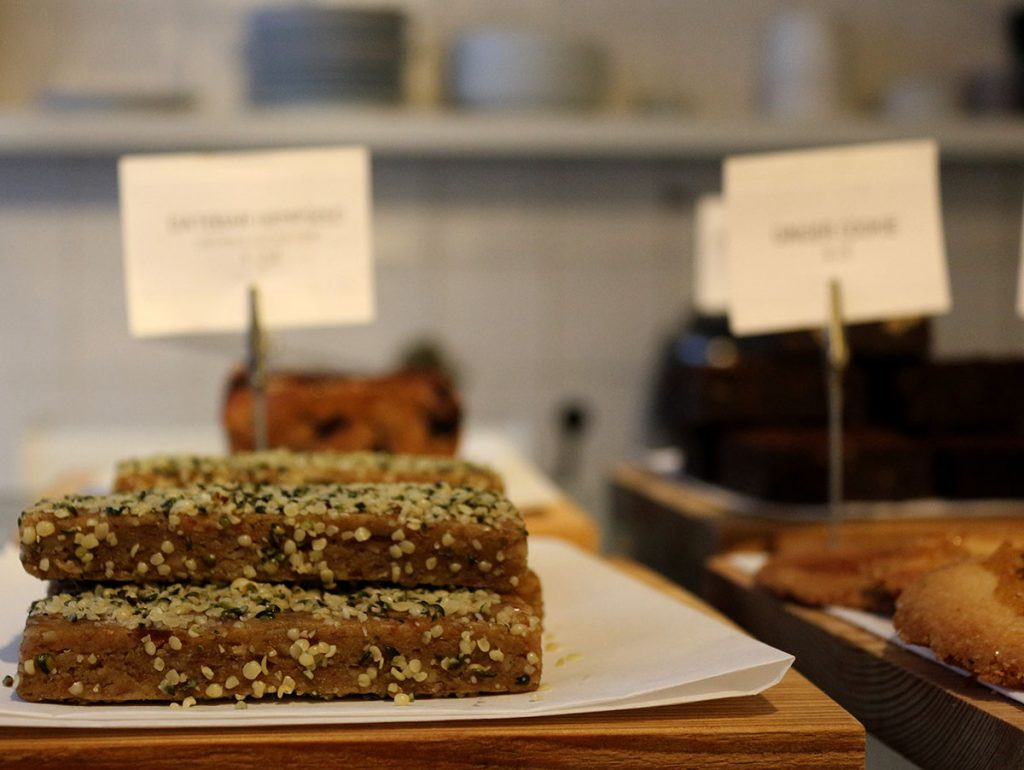 VINNIES DELI AMSTERDAM - Vinnies Deli is an awesome cafe that serves healthy and delicious breakfast and lunch