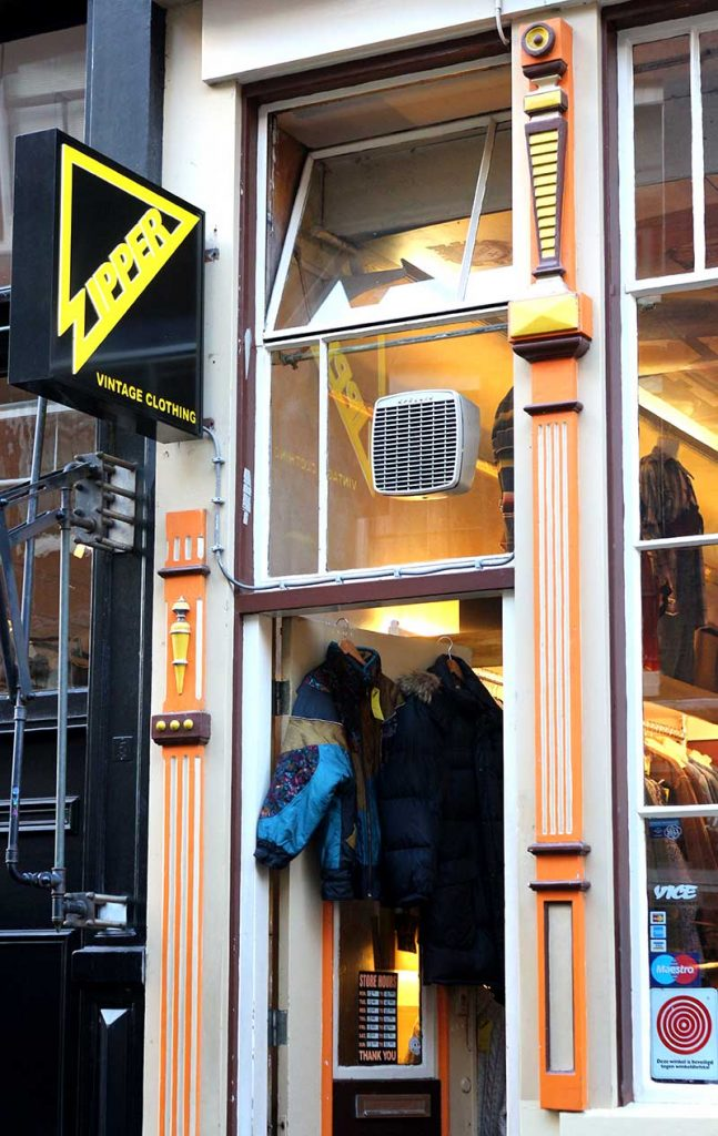 BEST VINTAGE CLOTHING SHOPPING IN AMSTERDAM - Zipper